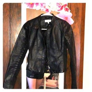 Black Cropped Pleather Jacker